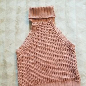 Peach Sleeveless Knitted/Cropped Sweater